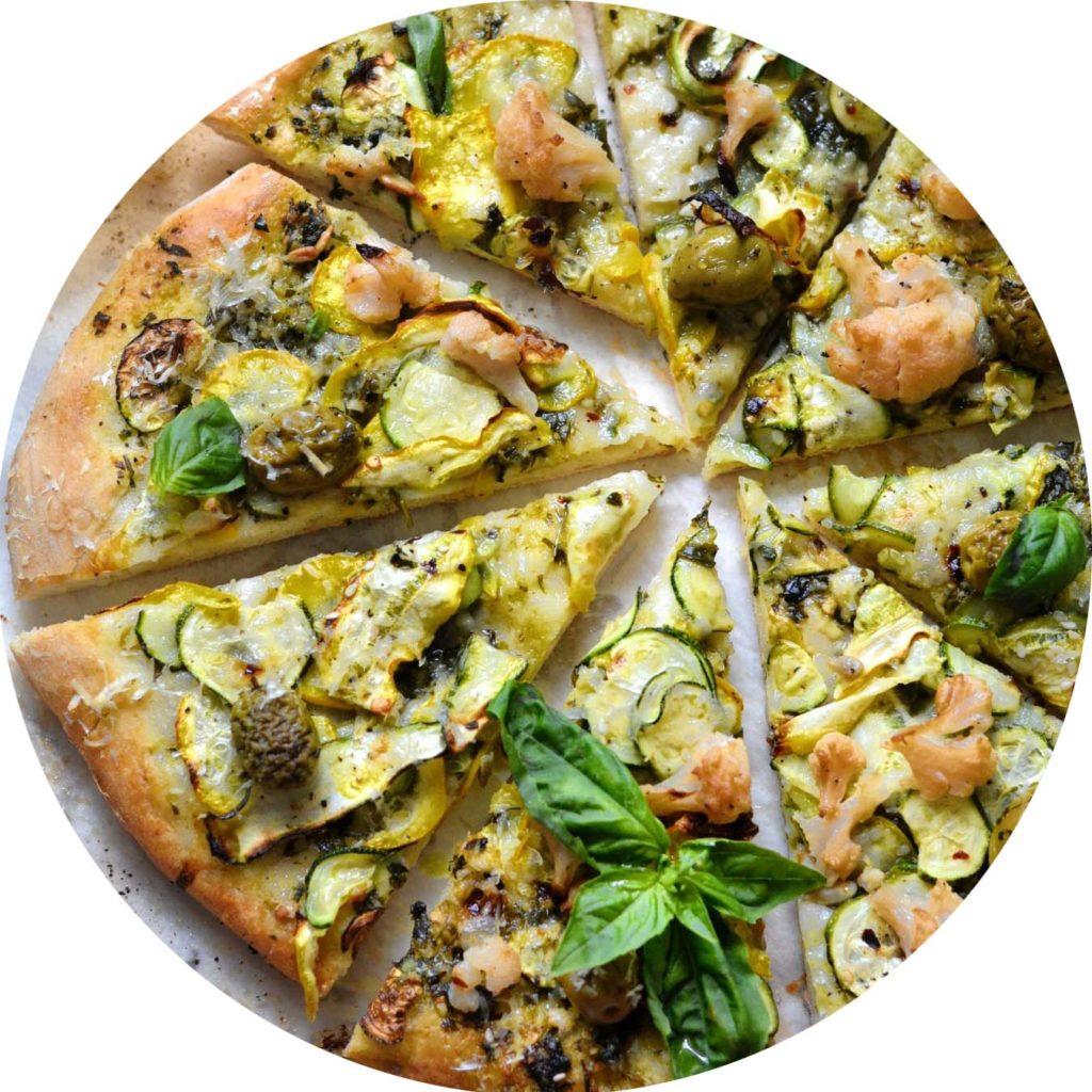 Pizza de printemps chèvre courgette et pesto